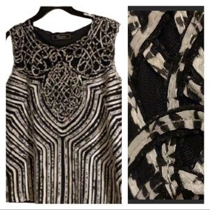 (XL) Black & White Exquisite Sewn Ribbons Top!!!
